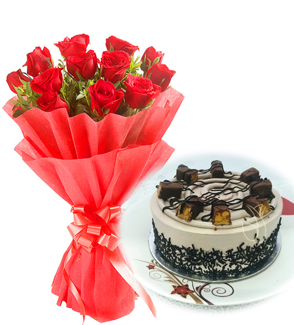 send flower Kidwai Nagar DelhiRed Roses & Chocolate Snicker Cake