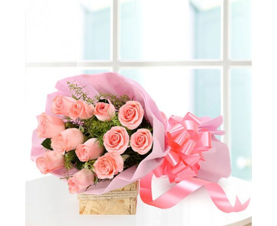 send flower Bhajan Pura DelhiBaby Pink Rose Bunch