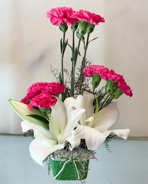 send flower Pushp Vihar DelhiPink Carnation & White Oriental Lilly
