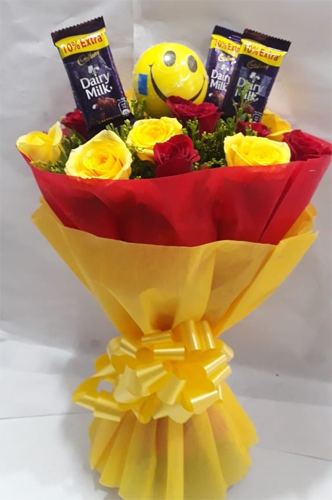 send flower Dwarka DelhiRoses & Chocolate Bunch