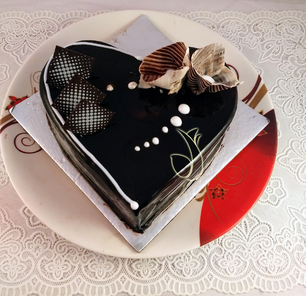Heartshape Chocolate Cake