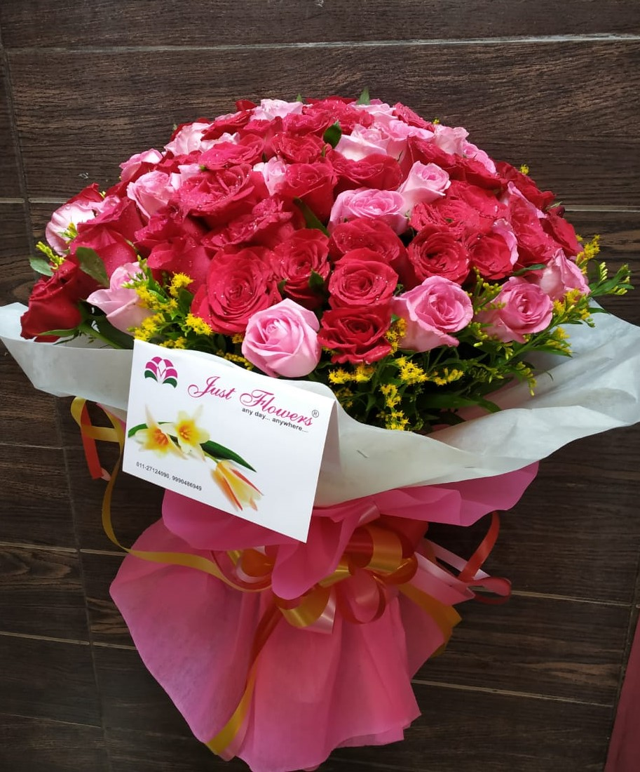 send flower Bhajan Pura DelhiPink Roses in Wrapped