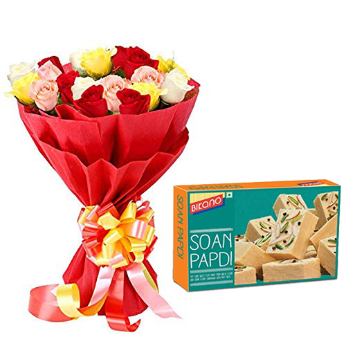 send flower Defence Colony DelhiBunch of Mix Roses in Paper & 500Gm Soanpapdi