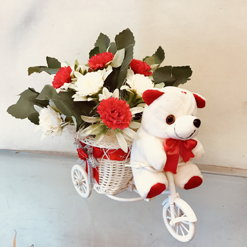 send flower Bhajan Pura DelhiArtificial Roses in Riksha (Only For Delhi)