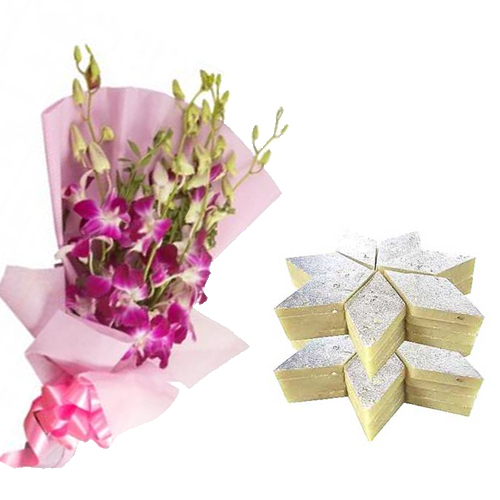 send flower Kidwai Nagar DelhiBunch of Orchid & 1/2Kg Kaju Burfi