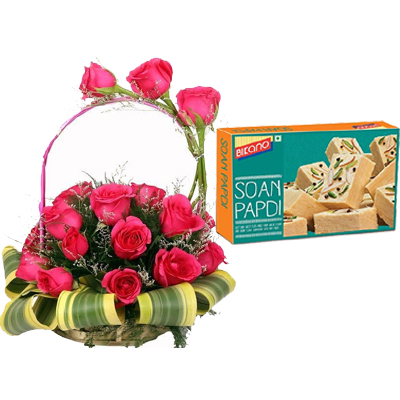Round Basket of Pink Roses & 500Gm Soan Papdi