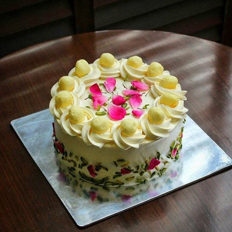 send flower NangloiPremium Rasmalai Cake
