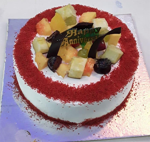 send flower Karam Pura Delhi1Kg Red Velvet Fruit Cake