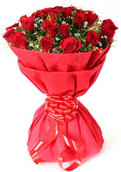 Flowers Delivery in Uniworld City GurgaonGive me Red