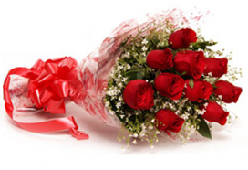 send flower Bhajan Pura DelhiEnchanting Red