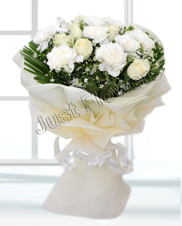 12 White Roses & Carnation Paper Packing Bunch